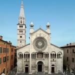 La facciata del Duomo di Modena