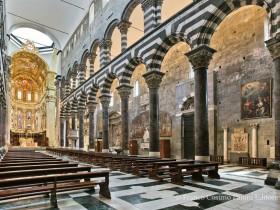 Cattedrale di San Lorenzo a Genova - La navata centrale da sud-ovest