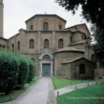 La Basilica vista dall'ingresso rinascimentale